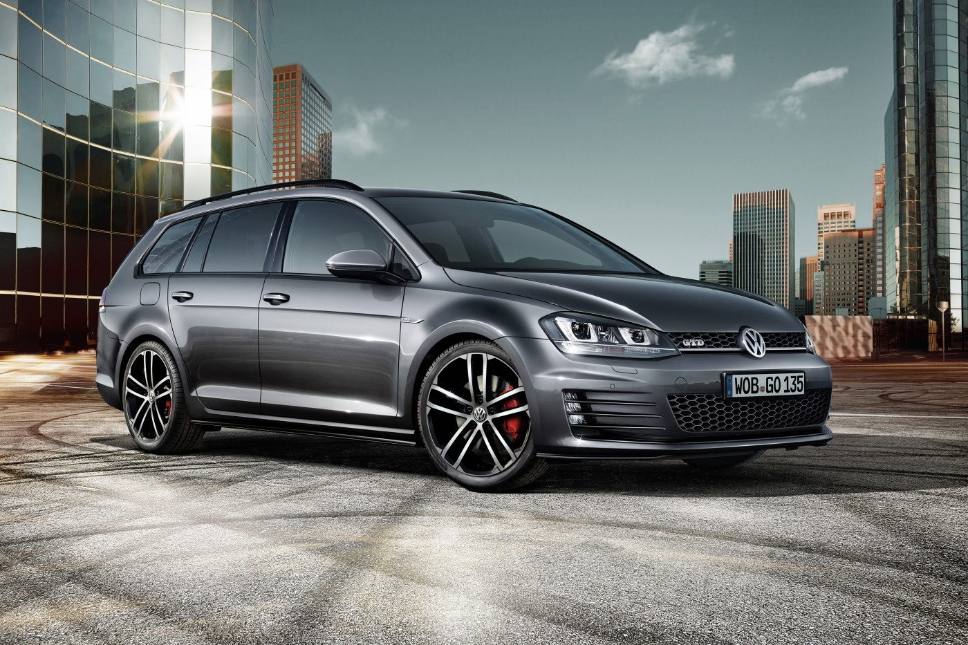 The 2015 Volkswagen Golf GTD wagon has been revealed ahead of its