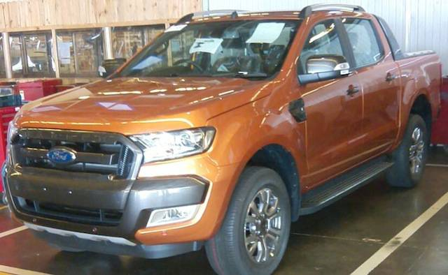 The 2015 Ford Ranger Wildtrak has been spied again with unofficial ...
