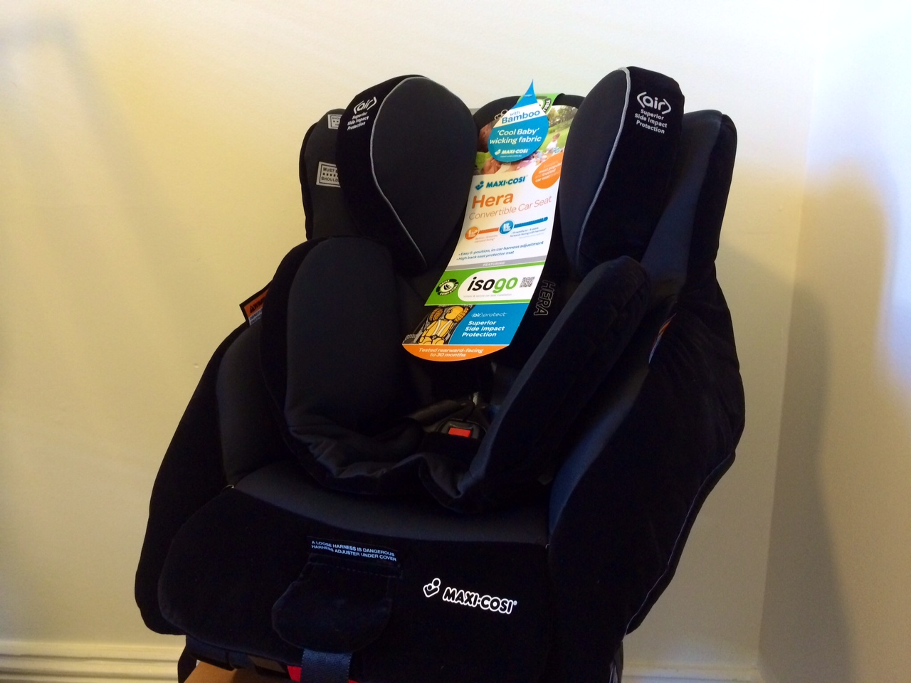 how to install an isofix car seat practical motoring. Black Bedroom Furniture Sets. Home Design Ideas