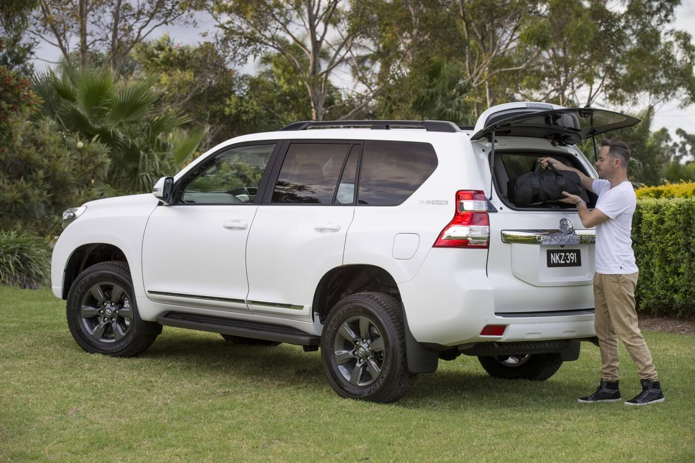 Toyota Landcruiser Prado Altitude Is Back Practical Motoring