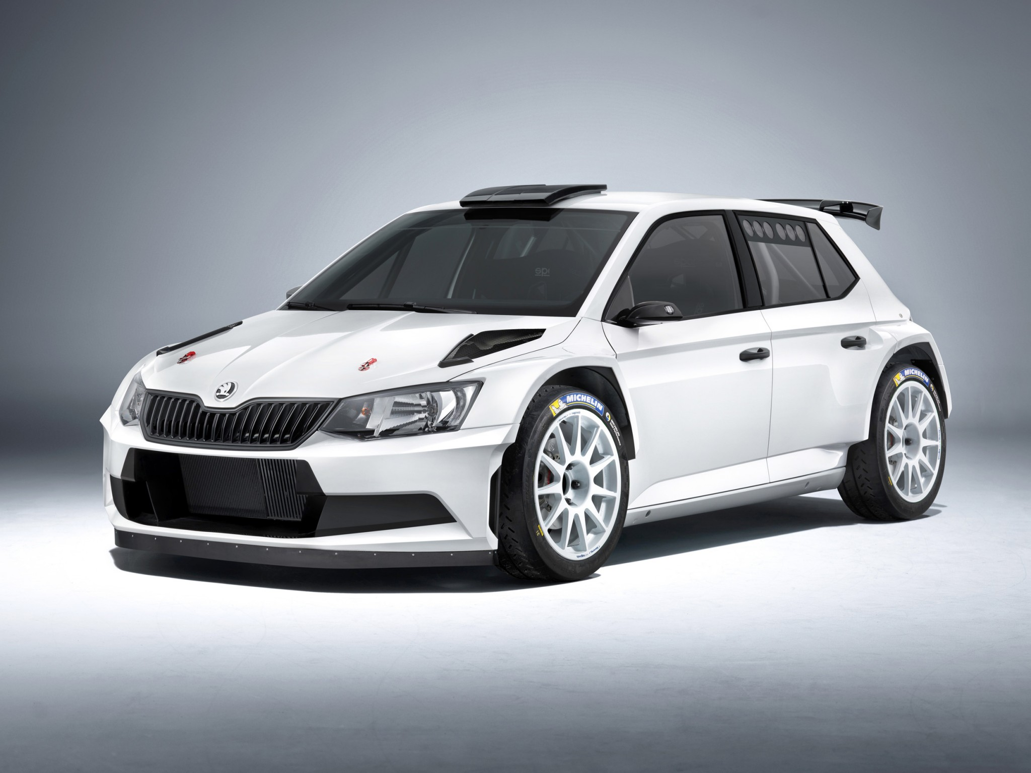 2016 skoda fabia r 5 approved for world rally practical motoring. Black Bedroom Furniture Sets. Home Design Ideas