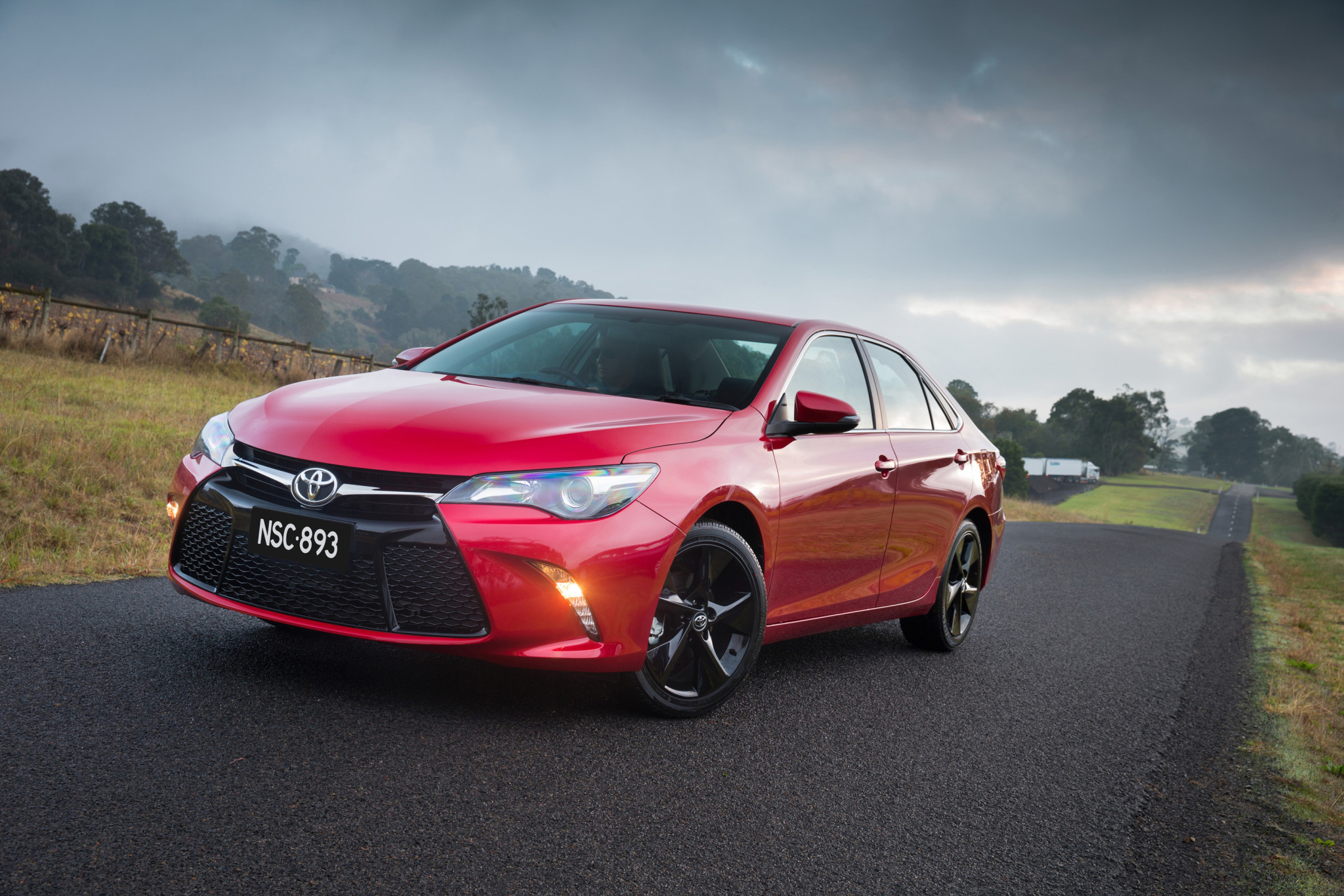 2015 toyota camry review practical motoring. Black Bedroom Furniture Sets. Home Design Ideas