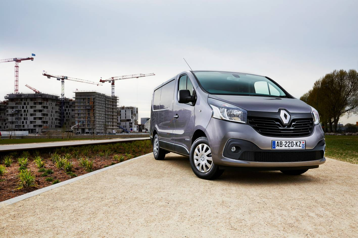 2015 renault trafic review practical motoring. Black Bedroom Furniture Sets. Home Design Ideas