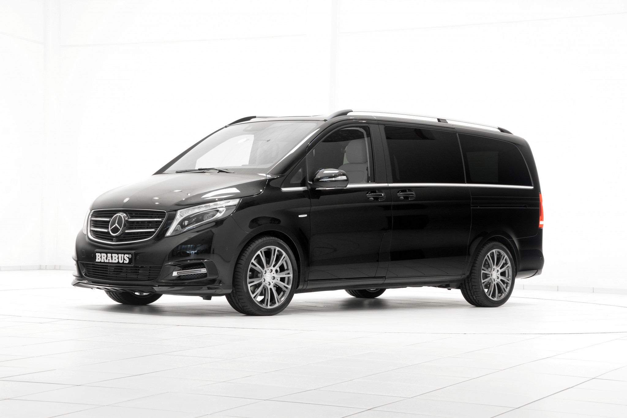 brabus tunes 2015 mercedes benz v class practical motoring. Black Bedroom Furniture Sets. Home Design Ideas