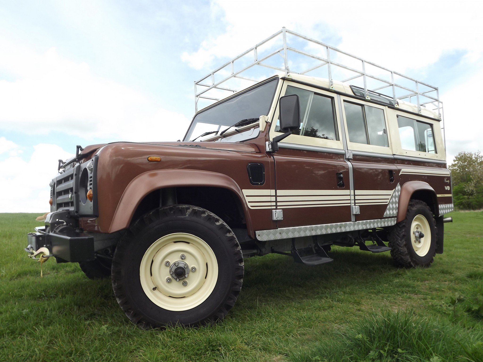 1984 land rover 110 country wagon to sell at auction practical motoring. Black Bedroom Furniture Sets. Home Design Ideas