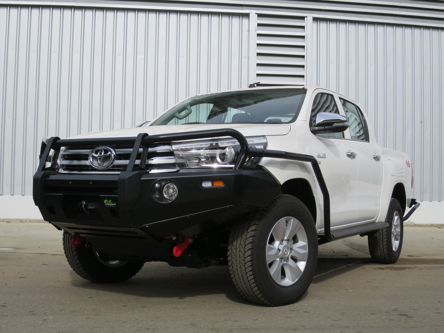 ironman 4x4 preview barwork for the 2015 toyota hilux practical motoring. Black Bedroom Furniture Sets. Home Design Ideas