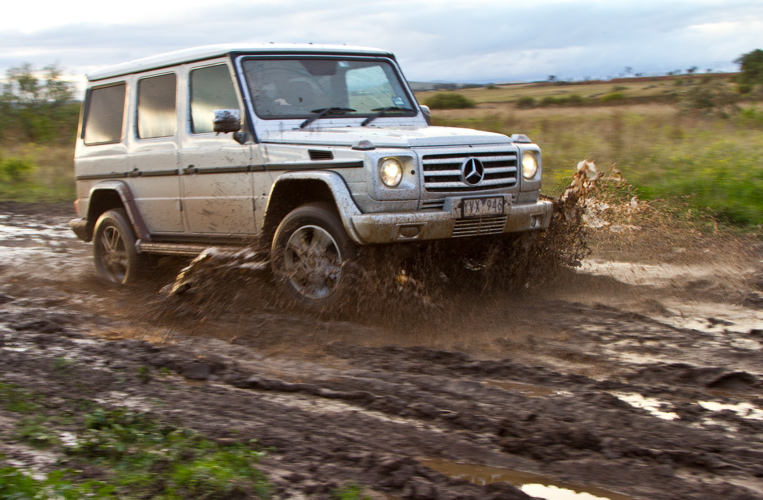 Mercedes benz g class g350 review practical motoring for Mercedes benz g wagon review