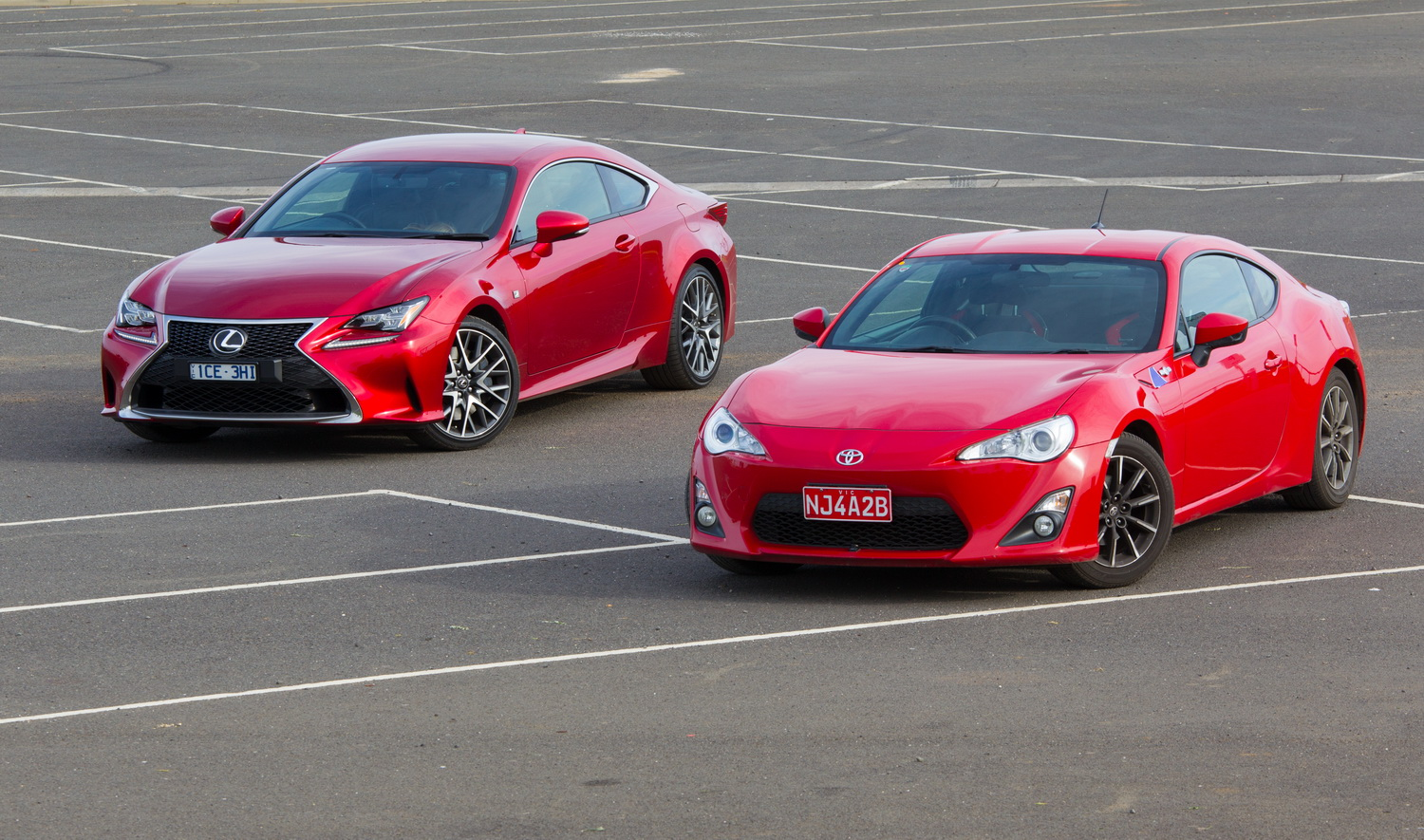 Which to choose - Toyota 86 vs Lexus RC350 | Practical ...