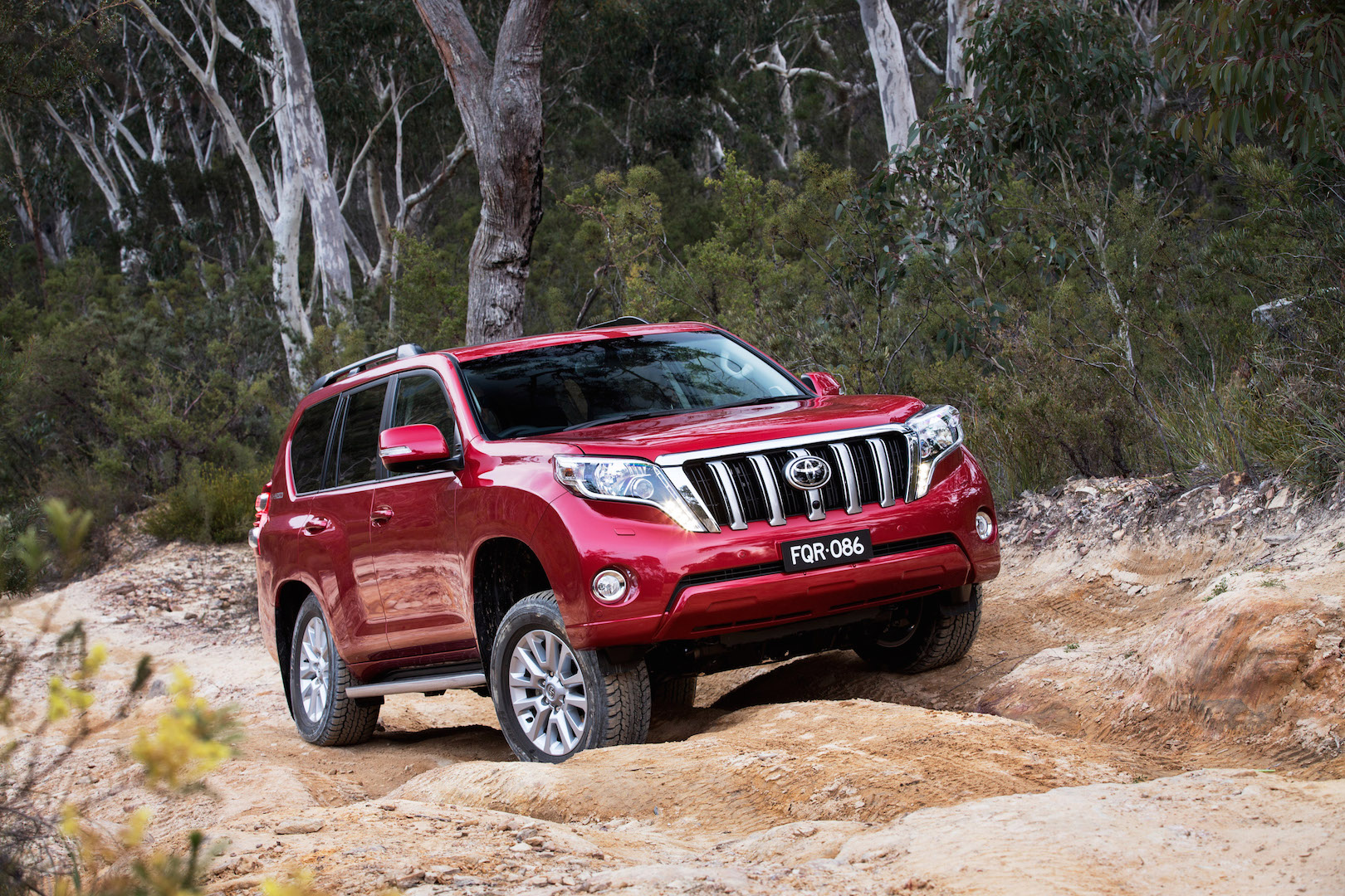 These 2018 Toyota Land Cruiser Prado Renders Could Be Very ...