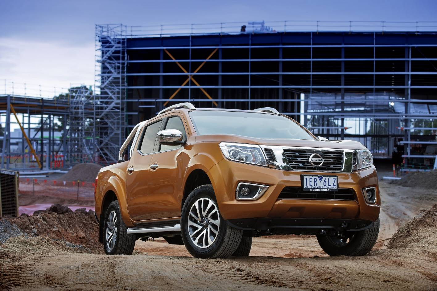 2016 nissan np300 navara st x review practical motoring. Black Bedroom Furniture Sets. Home Design Ideas