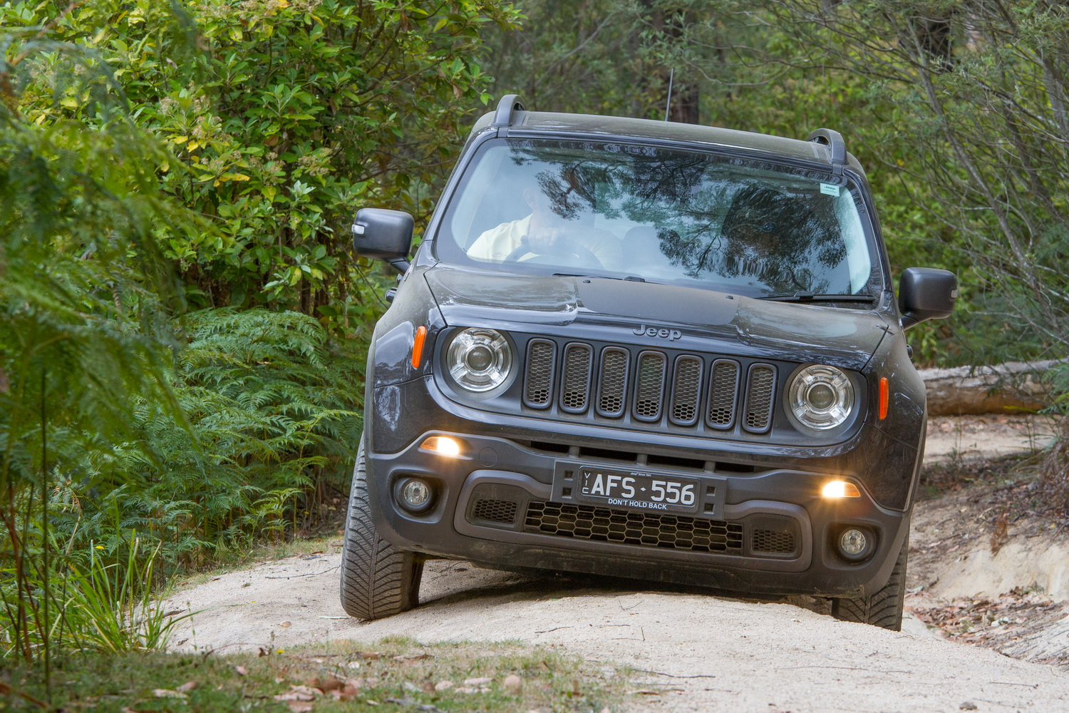 2016 jeep renegade trailhawk review practical motoring. Black Bedroom Furniture Sets. Home Design Ideas
