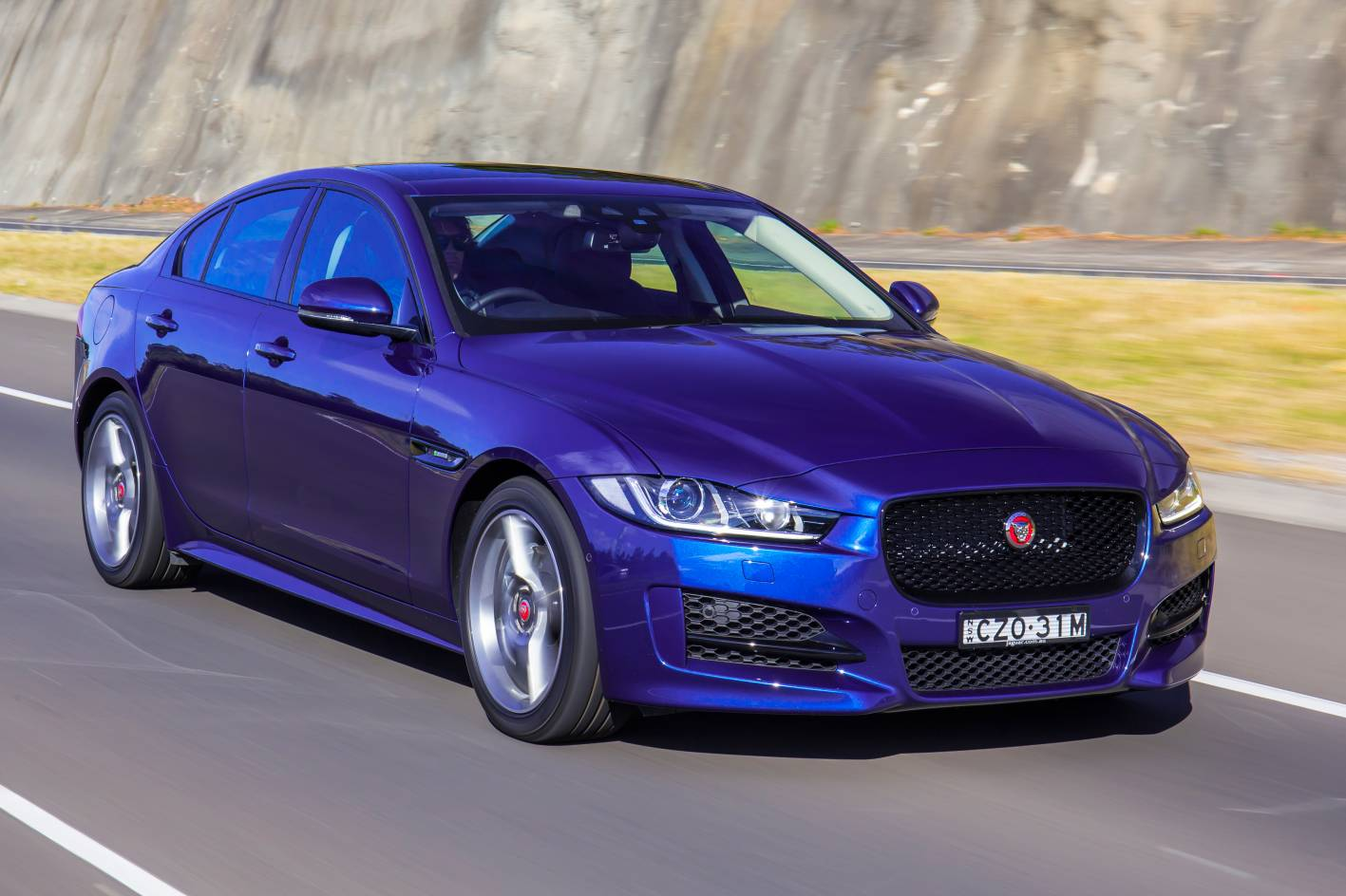 2016 jaguar xe r sport review practical motoring. Black Bedroom Furniture Sets. Home Design Ideas