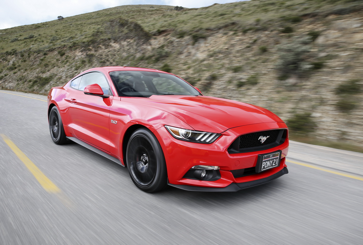 ford announces hybrid mustang      practical motoring