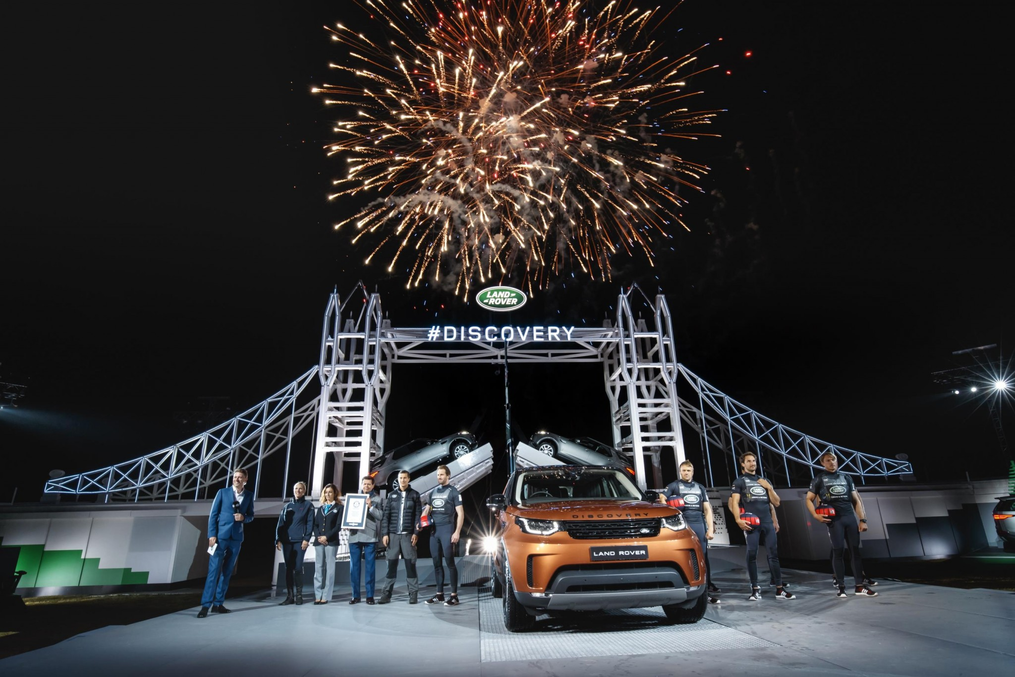 Land Rover Breaks Guinness World Record For Largest Ever