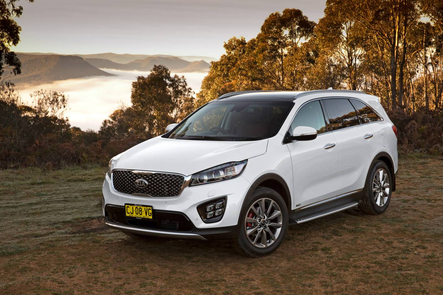 kia sorento platinum gets autonomous emergency braking. Black Bedroom Furniture Sets. Home Design Ideas