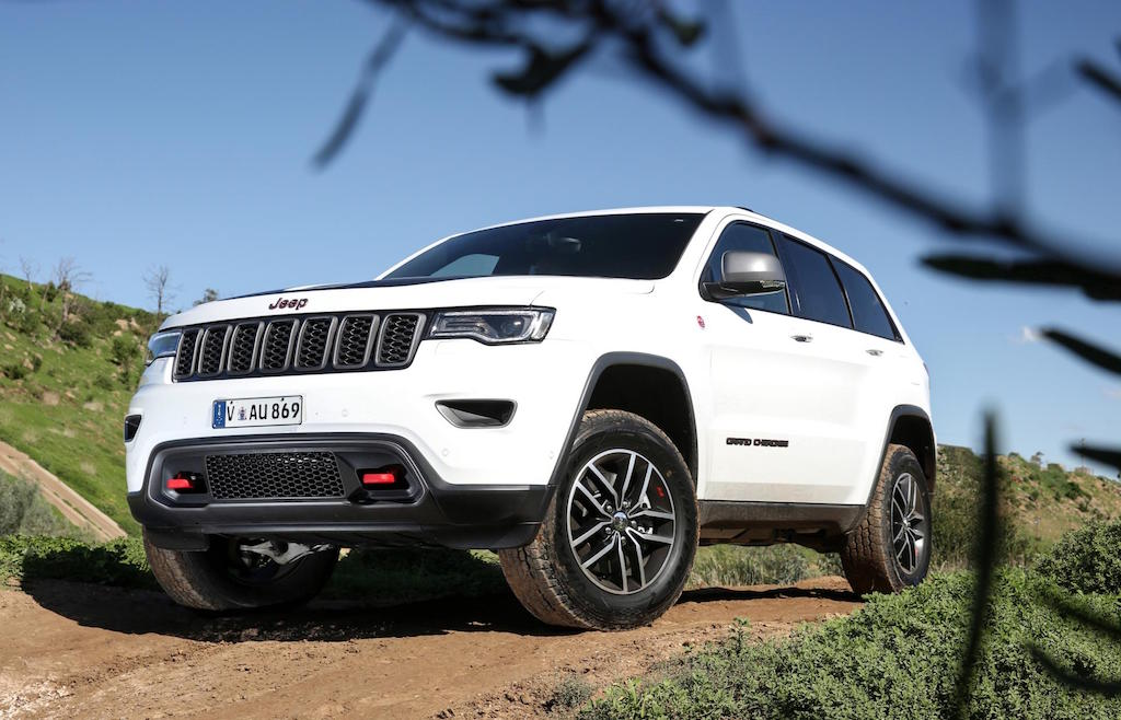 2017 jeep grand cherokee trailhawk review practical motoring. Black Bedroom Furniture Sets. Home Design Ideas