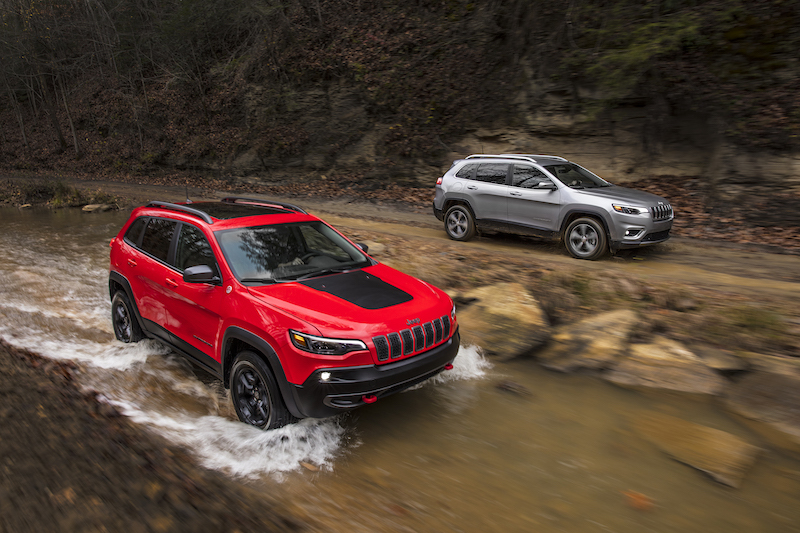 2019 Jeep Cherokee Revealed at Detroit Motor Show ...