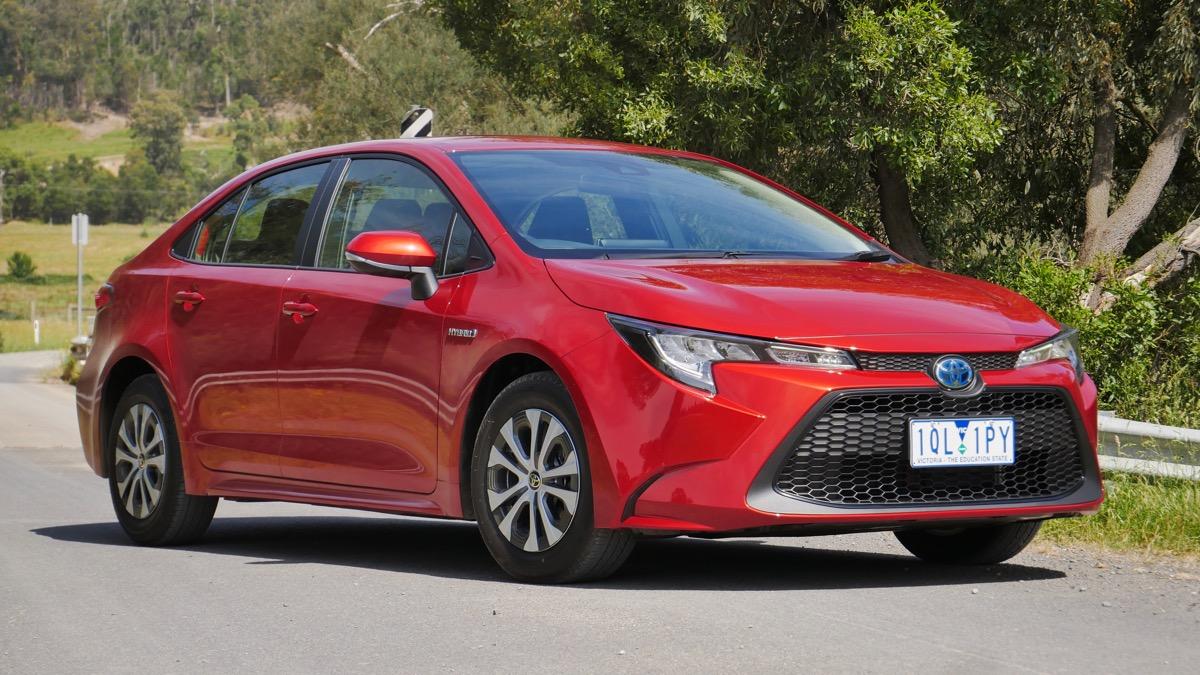 Kelebihan Sedan Corolla Review